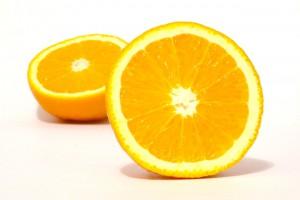Kalkentfernung mit Orangen