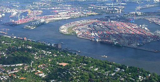 Schönes Luftbild vom Hamburger Hafen