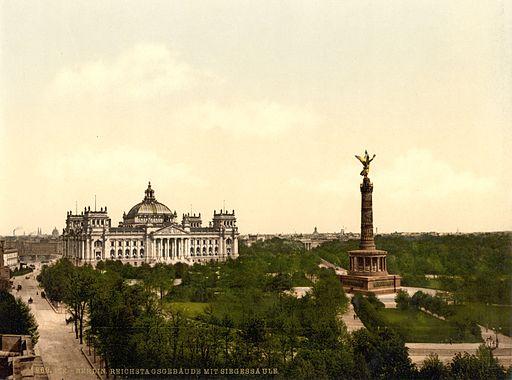 Reichstag und Siegessäule in Berlin
